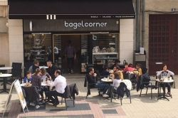 BAGEL CORNER - Restaurants Blois
